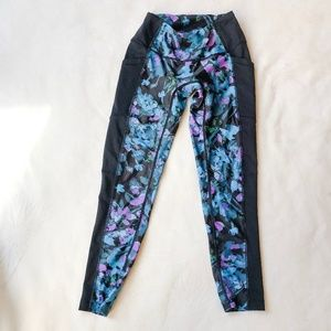 XS Prismsport Floral 7/8 leggings with pockets